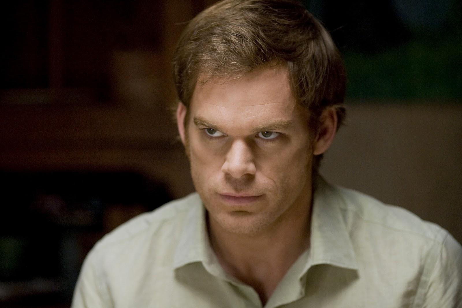 Dexter: O magnetismo do ascendente em escorpião